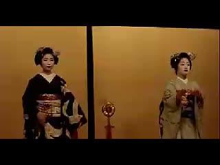 湘艺版音乐八下第三单元《樱花》日本舞蹈.flv