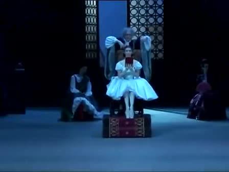 湘艺版音乐八下第八单元《木偶舞》视频.mp4